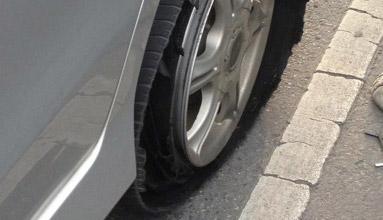 การเอาตัวรอดยามคับขัน เมื่อเจออุบัติเหตุทางรถยนต์ ตอนที่ 1 : ยางแตก
