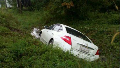 การเอาตัวรอดยามคับขัน เมื่อเจออุบัติเหตุทางรถยนต์ ตอนที่ 4 : รถหลุดออกจากทาง