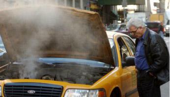 การเอาตัวรอดยามคับขัน เมื่อเจออุบัติเหตุทางรถยนต์ ตอนที่ 5 : เครื่องยนต์ร้อนจัด-น้ำ
