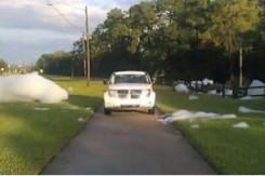 การเอาตัวรอดยามคับขัน เมื่อเจออุบัติเหตุทางรถยนต์ ตอนที่ 9 : สิ่งของหรือสิ่งแปลก