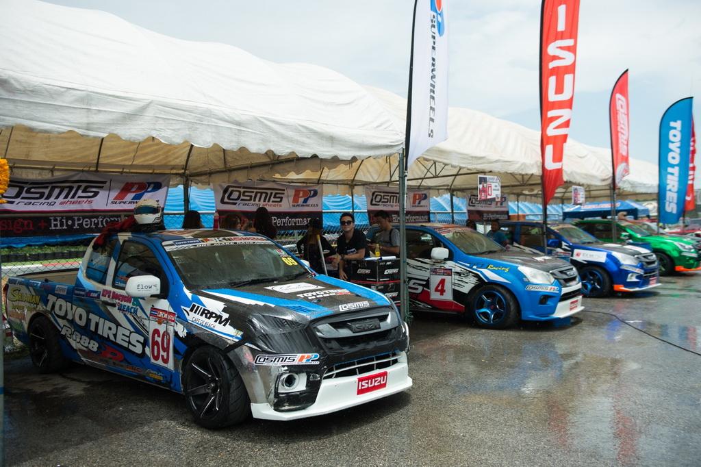 TOYO COSMIS RACING CAR THAILAND ศึกดวลความเร็ว สนาม 2 ขาซิ่งตบเท้า เหยียบคันเร่งสนั่น พีระฯ พัทยา